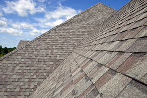 Homes roofed with asphalt shingles in Grand Rapids